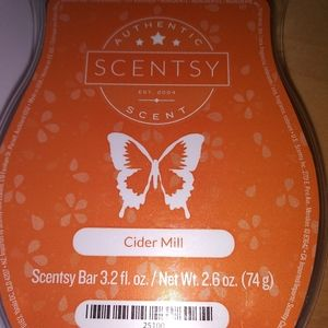 🐞 5 for $25 🐞 Scentsy Wax Bar Cider Mill